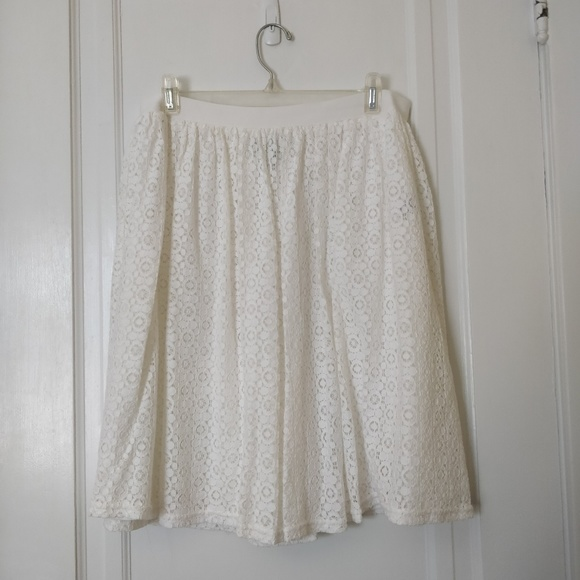 Chaps Dresses & Skirts - White Lace Chaps Skirt